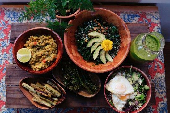 chelsea shapouri kef2xcbe4ty unsplash e1569832962273 - Медицинский подход к питанию и диете для похудения в животе и боках у женщин