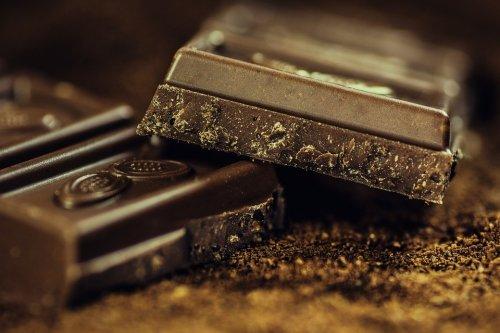 шоколад отлично повышает либидо у женщин