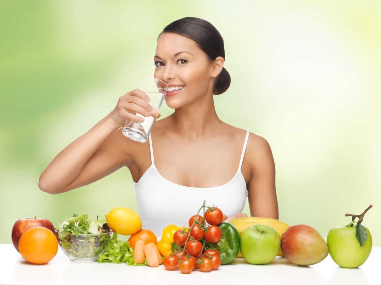 сделать лицо моложе поможет правильное питание