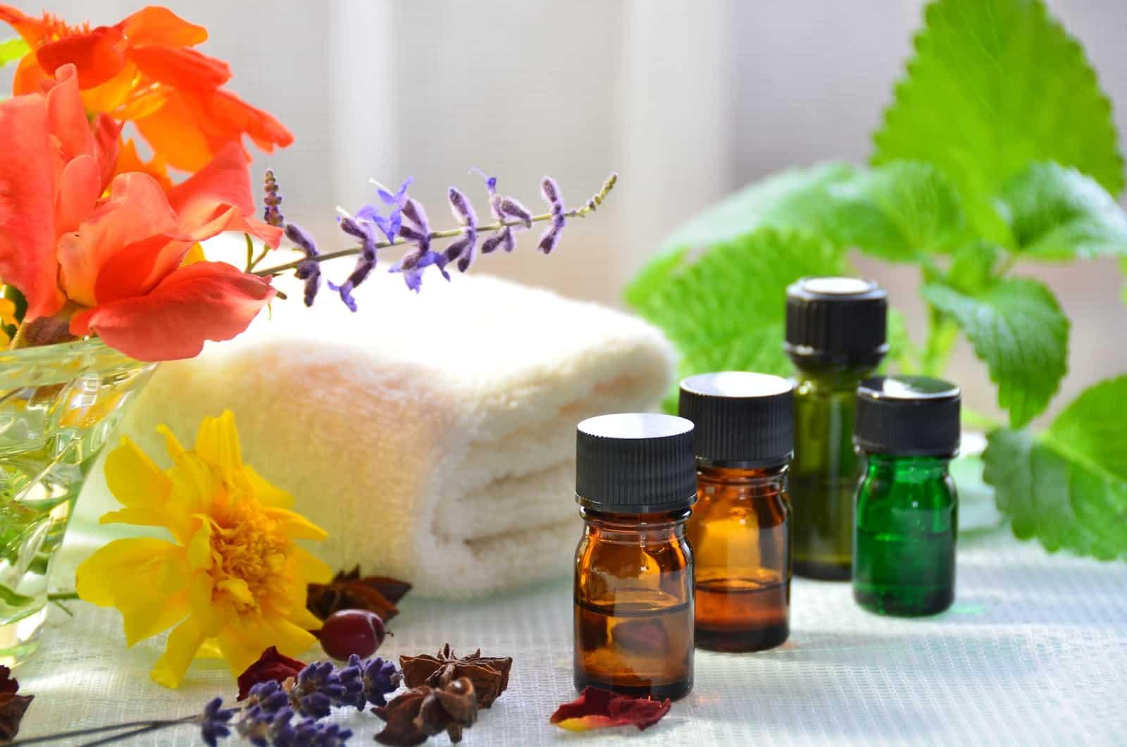 эфирные масла помогут избавиться от жирности волос