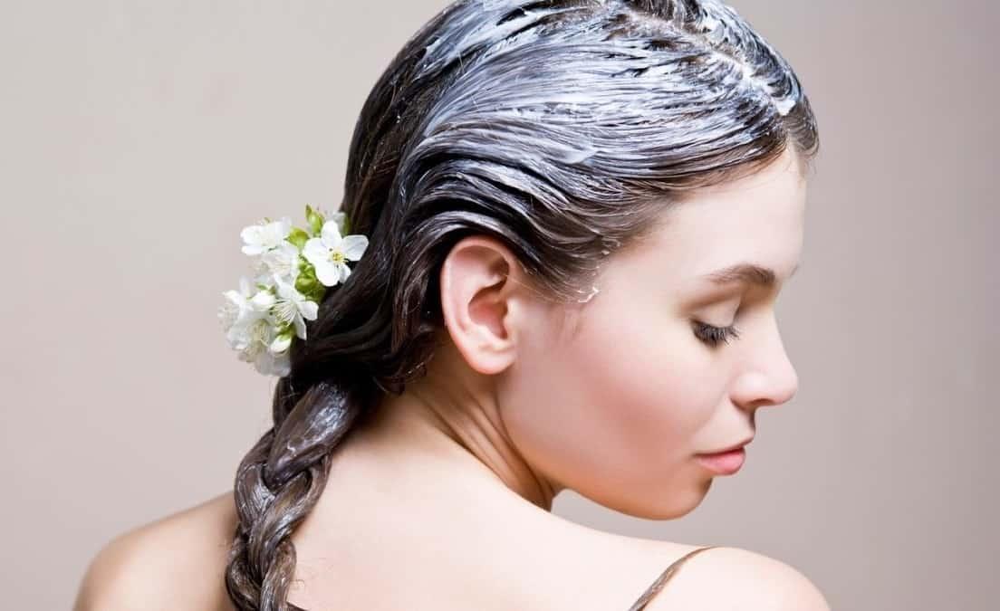 избавиться от жирности волос помогут маски