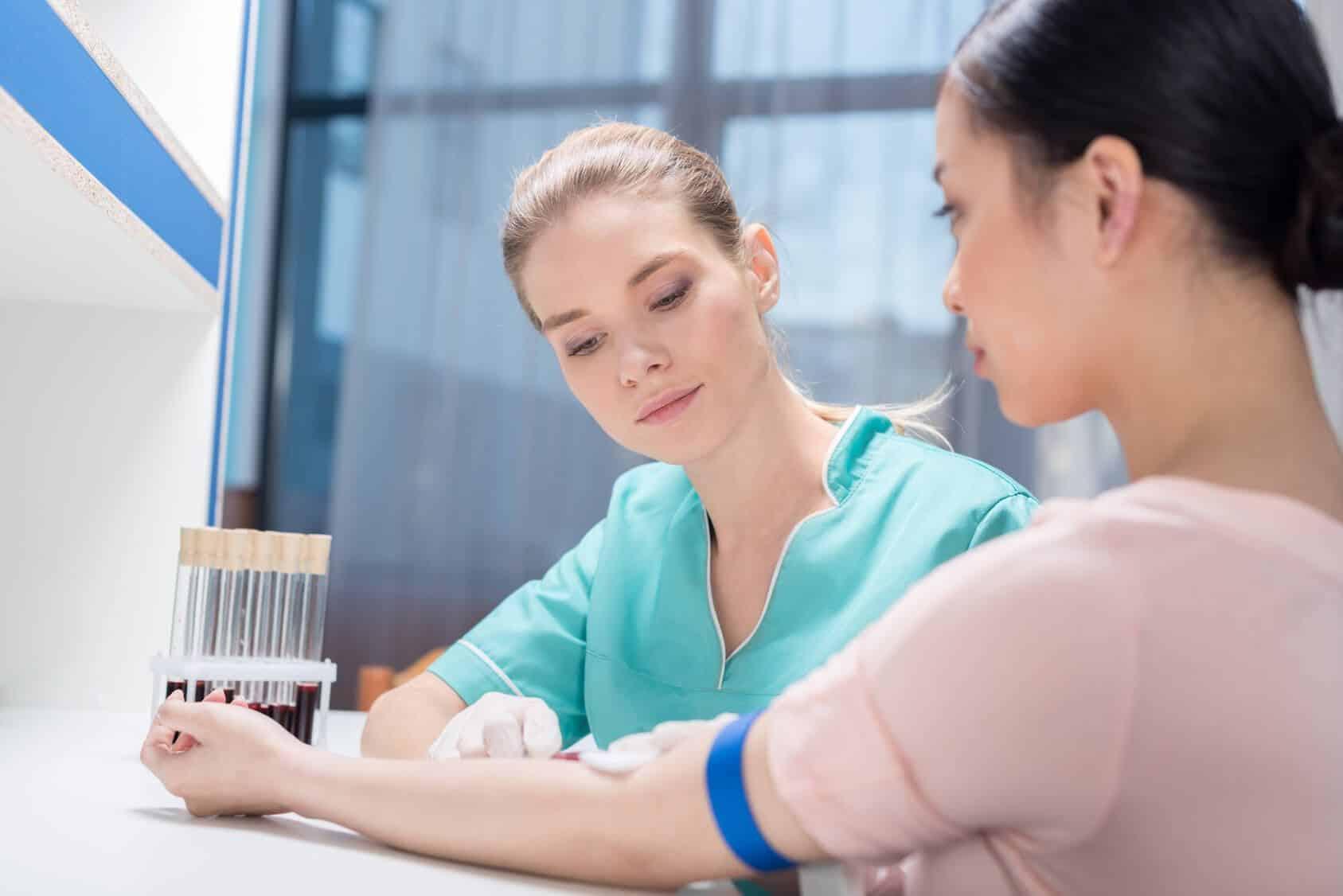 Проверить уровень кортизола можно посредством лабораторного обследования