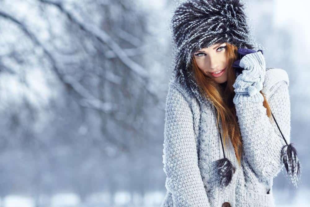 Чтобы предотвратить выпадение волос, необходимо носить головной убор зимой