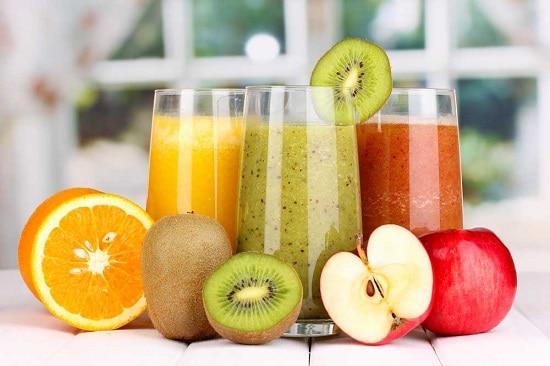 свежевыжатые соки рекомендуют употреблять на завтрак каждый день