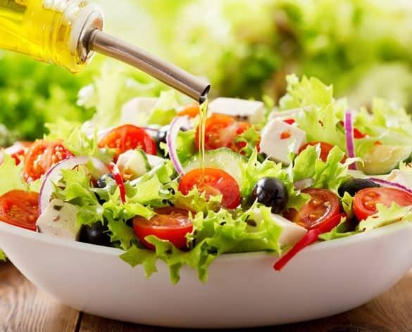 овощной салат с применением масла грецкого ореха