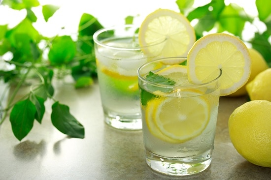 вода с лимоном утром натощак