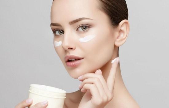 маточное молочко применяют в косметологии
