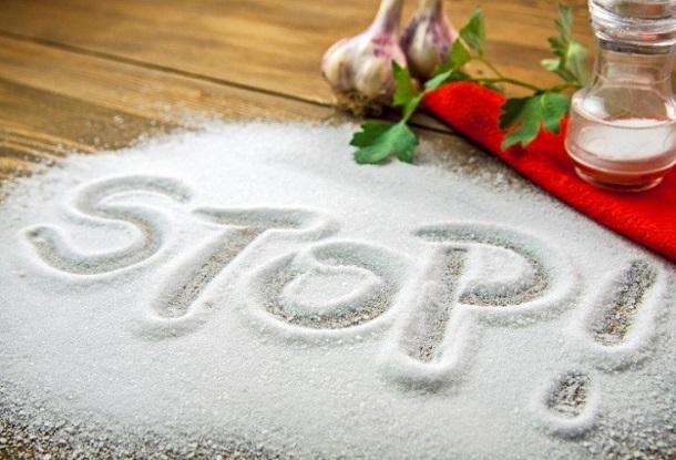 чем вредна соль для человека