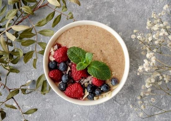 льняная каша с фруктами состоит из продуктов для молодости кожи