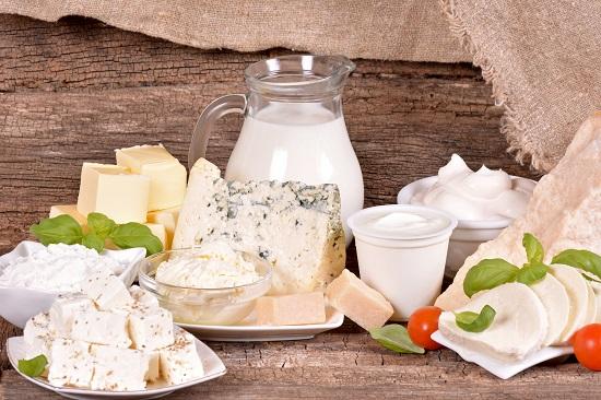 молочные продукты, полезные для волос