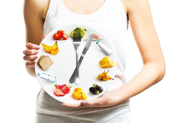 сколько переваривается еда в желудке