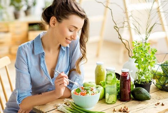 чтобы избавиться от тяжести в желудке - придерживайтесь сбалансированного и полноценного рациона