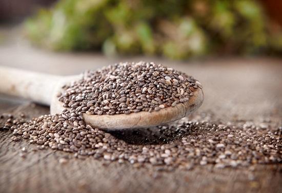 из семян чиа получается вкусная веганская черная икра