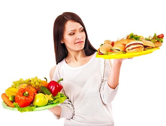 чтобы снизить уровень плохого холестерина, нужно правильно питаться