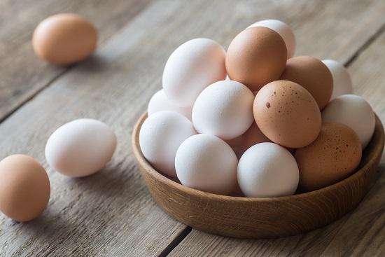 белковые продукты: яйца
