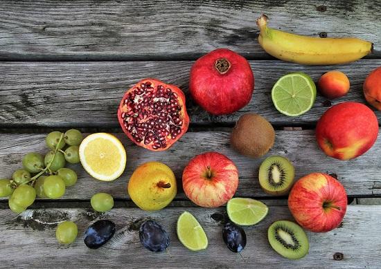белковые продукты: фрукты
