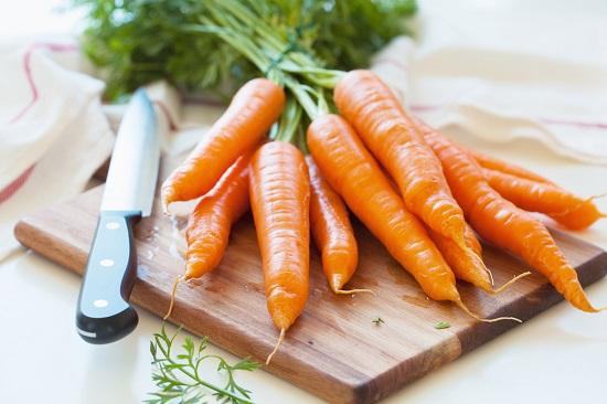 самые полезные фрукты и овощи: морковь
