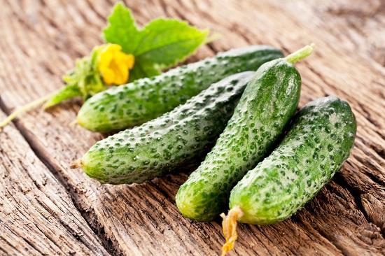 самые полезные фрукты и овощи: огурцы