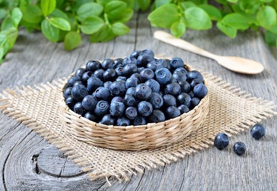 самые полезные фрукты и овощи: черника