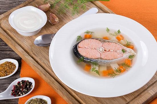 рецепты здорового питания: рыбный суп из горбуши