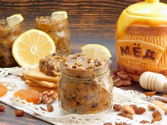 мед с грецкими орехами: польза