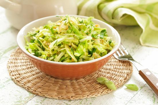 рецепты сбалансированного питания: салат из свежей капусты