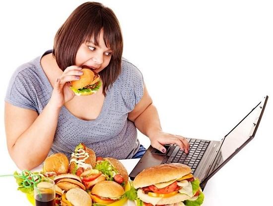 Очищение организма от шлаков и токсинов требуется зачастую из-за неправильного питания