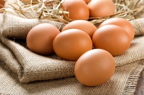 в яйцах содержатся ненасыщенные жиры